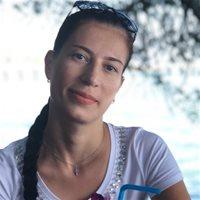 ********** Олеся Петровна