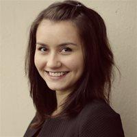 ********* Лина Олеговна