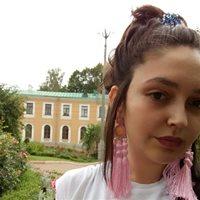 ********* Яна Андреевна