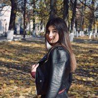 ****** Анна Арамовна